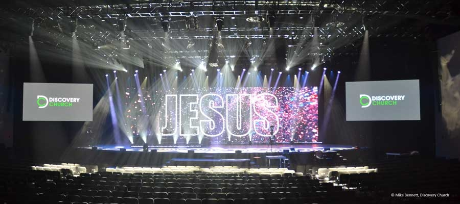 Discovery Church relies on Luminex Data Distribution for lighting Control